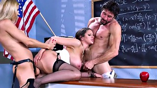 Teacher, Alexis fawx, Brooklyn chase, Tommy gunn, Parents, Chase