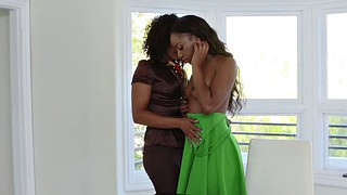 Ebony pussy, Lesbians kissing, Shaved pussy, Channel, Ebony pussy licking, Misty