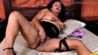 Mature latina, Agedlove