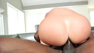 Jada, Mandingo and, Mandingo interracial