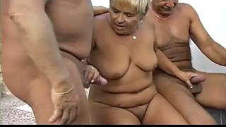 Homemade threesome, Granny threesome, Amateur threesome, Mature sex, Mature granny, Grannys