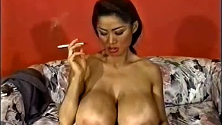 Smoking milf, Smoking solo