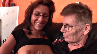 Grandpa, Vibration, Young wife, Old wife, Old grandpa, Young blowjob