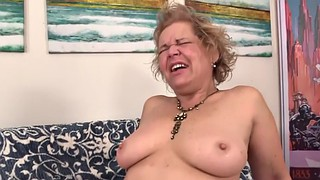 Grandma, Kelly, Fucking machine, Fuck machine, Kelly leigh, Climax