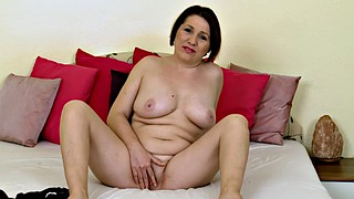 Flashing, Bbw mature solo, Mature woman, Bbw spread, Mature bbw solo, Bbw spreading