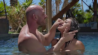 Ella knox, Water, Johnny, Under, Knox, Under water