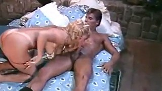 Fashion, 1985, Passionate milf