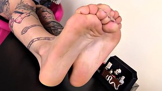 Toes, Barefoot, Flex, Tattoed, Flexing, Feet girl
