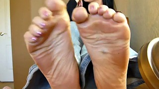 Feet, Goddess, Goddess feet, Sole, Milf foot, Goddess foot